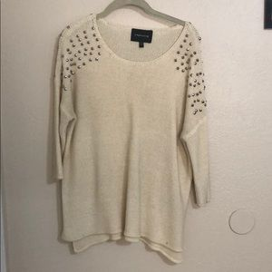 Sweaters - ‼️SALE‼️Studded scoop neck sweater